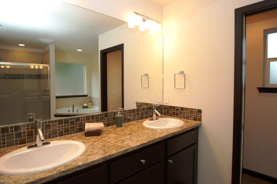 Shoreline Residential Bathroom