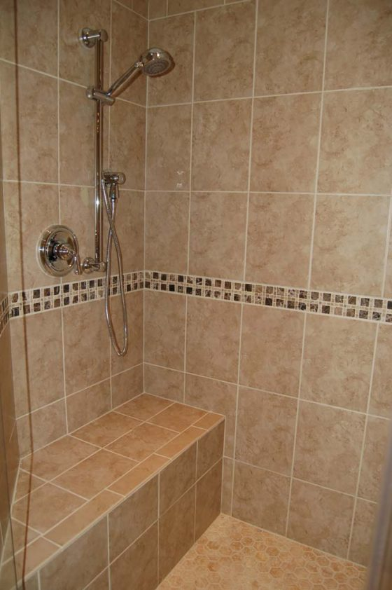 Tiled Shower - Summa Homes