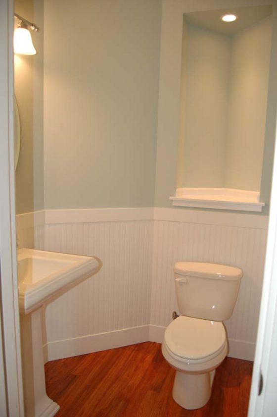 White & Dark Wood Bathroom - Summa Homes